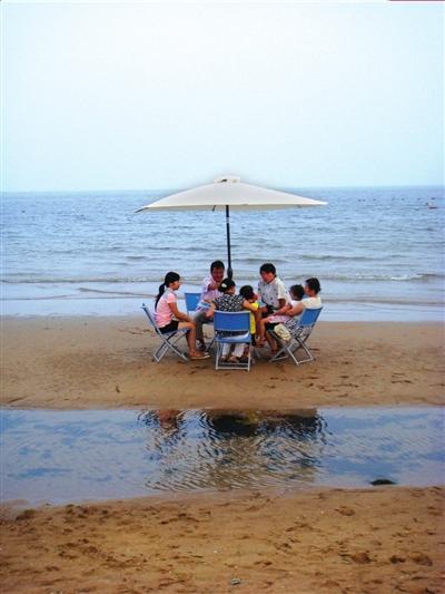兴城海滨 古城海滨齐闻名   兴城古城位于辽宁葫芦岛,依山面海